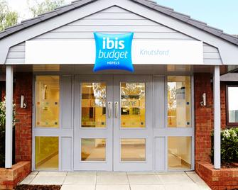 Ibis Budget Knutsford - Knutsford - Building