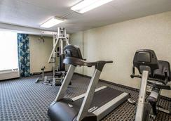 Quality Inn Terre Haute University Area - Terre Haute - Gym