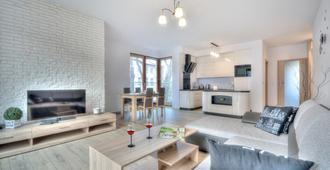 Dom & House - Apartments Sopot Kamienny Potok - סופוט - סלון