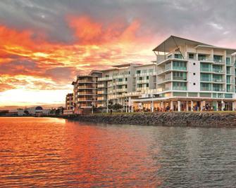 河濱華美達酒店 - 巴利納 - 巴里納(澳洲) - 建築