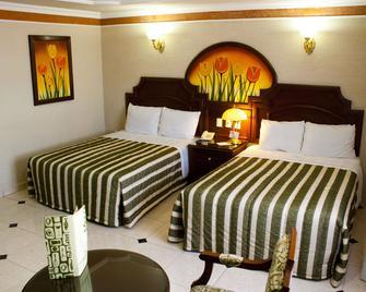 Hotel Casino Plaza - Guadalajara - Slaapkamer