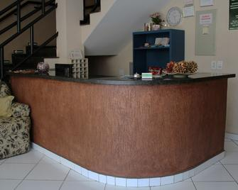 Hotel Reimann - Indaiatuba - Front desk