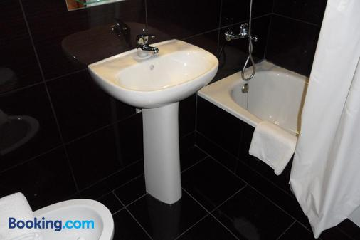 Hotel Paulista - Porto - Bathroom