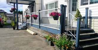 River Heights Motel - Courtenay