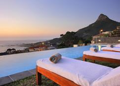 The Crystal Apartments - Cape Town - Pool