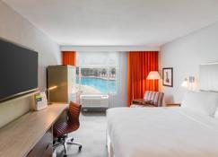 Four Points by Sheraton Caguas Real Hotel & Casino - Caguas - Habitación