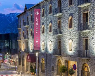 Hotel Spa Termes Serhs Carlemany - Escaldes-Engordany - Gebouw