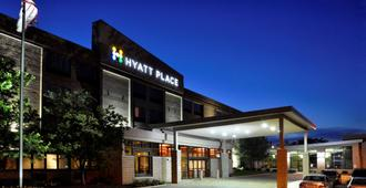 Hyatt Place Milwaukee West - Milwaukee - Edificio