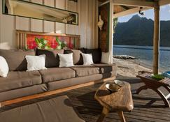 Robinson's Cove Villas - Papetoai - Living room