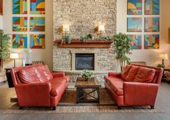 Comfort Suites - Springfield - Lobby