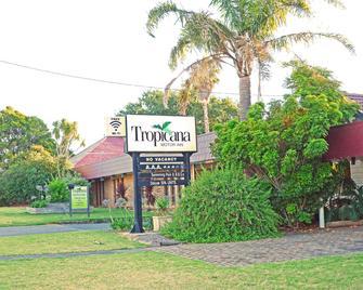 Tropicana Motor Inn - Phillip Island - Rakennus