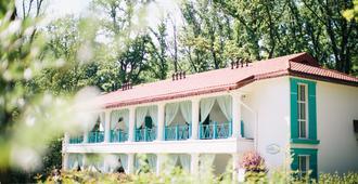 Nasha Dacha Country Estate - חארקיב - בניין