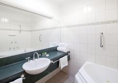 Best Western Crystal Inn - Bendigo - Bathroom