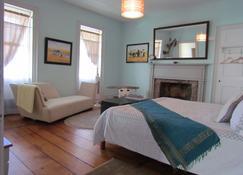26 Warren B&B - Hudson - Bedroom
