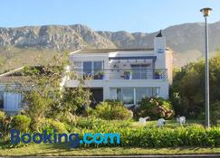 Fernkloof Lodge - Hermanus - Building