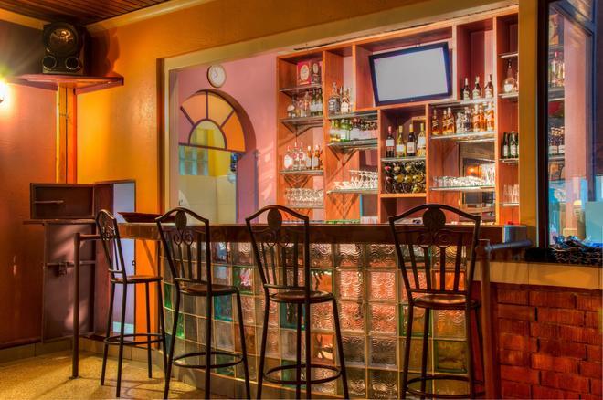 Kahama Hotel - 奈洛比 - 內羅畢 - 酒吧