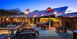 酒吧床旅舍 - 沙美島 - 沙美島 - 天井