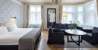 Neiburgs Hotel - Riga - Bedroom