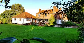 Iffin Farmhouse - Canterbury - Edificio
