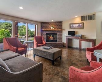 Quality Inn and Suites Downtown Walla Walla - Walla Walla - Living room