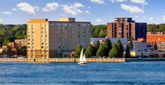 Delta Hotels by Marriott Sault Ste. Marie Waterfront - Sault Ste Marie