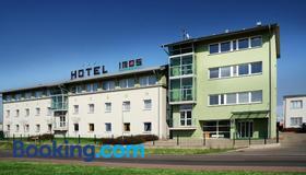 Hotel Imos - Praga - Edificio