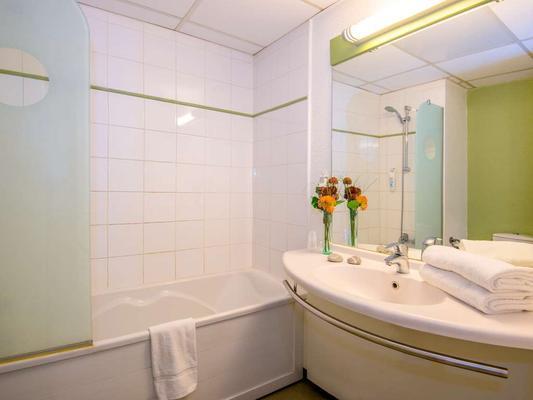 ibis budget Cannes Mougins - Mougins - Bathroom