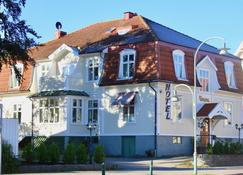 Hotell Viking - Uddevalla - Building