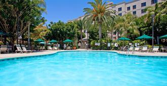 安那翰索內斯塔 ES 套房飯店 - 安那翰 - 游泳池