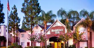 Residence Inn by Marriott Bakersfield - Bakersfield - Building