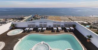 諾蒂科酒店 - 里喬內 - 瑞吉歐 - 游泳池