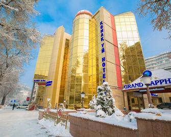 Grand Sapphire Hotel Almaty - Almaty - Gebäude