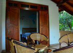 Binara Home Stay -Tourist Lodge - Polonnaruwa - Building