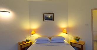 MGM Eastwoods - Chennai - Bedroom