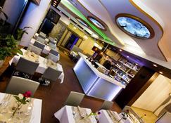 Hotel Danubia Gate - Bratislava - Bar