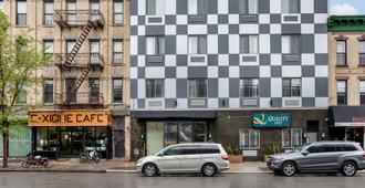 Quality Inn near Sunset Park - Brooklyn - Byggnad