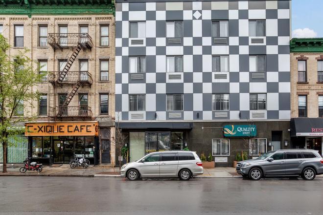 Quality Inn near Sunset Park - Brooklyn - Rakennus