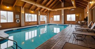 Best Western Port Columbus - Columbus - Pool