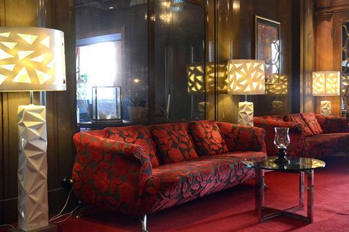 號角大酒店 - 赫爾辛堡 - 赫爾辛堡 - 客廳