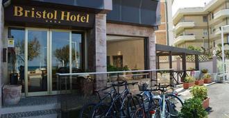 Bristol Hotel - Pesaro - Building