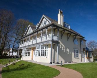 Northgate House - Buckfastleigh - Building
