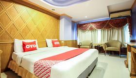 OYO 280 泰花園渡假村 - 曼谷 - 臥室