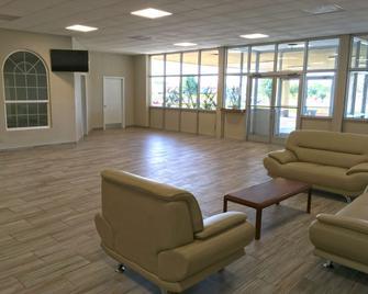 Americas Best Value Inn & Suites Greenville - Greenville - Лоббі