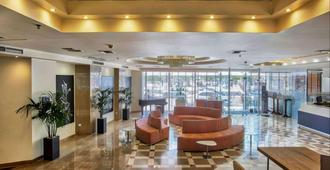 Capsis Astoria Heraklion Hotel - הרקליון - לובי
