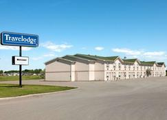 Travelodge by Wyndham Brooks - Brooks - Building