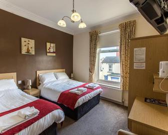 OYO The Douglas Hotel - Hartlepool - Спальня