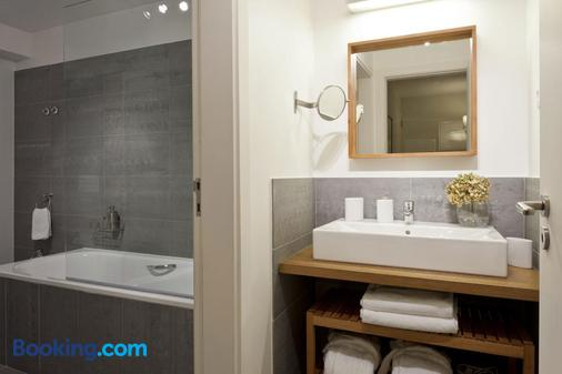 Casa Balthazar - Lisbon - Bathroom