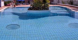 Hotel Mare Blu - איסקיה - בריכה