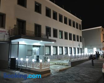 Hotel Borbonico di Pietrarsa - Portici - Gebouw