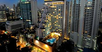 Rembrandt Hotel and Suites - Bangkok - Building